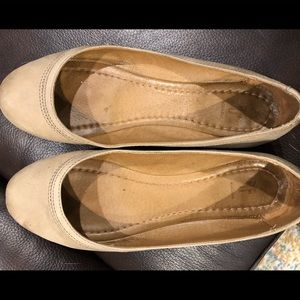 Frye ballet flats, taupe, sz 7.5, good condition